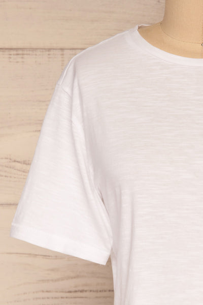 Cottbus White Short Sleeve Crop Top | La petite garçonne front close-yp