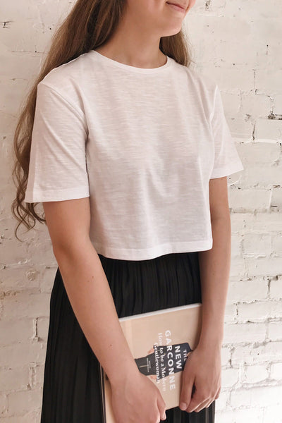 Cottbus White Cropped T-Shirt | La petite garçonne on model