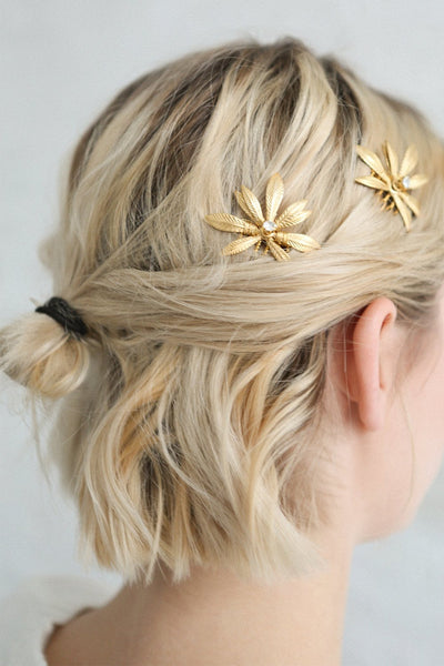 Cybela Gold Hair Combs Set with Leaves | Boudoir 1861 on blond model