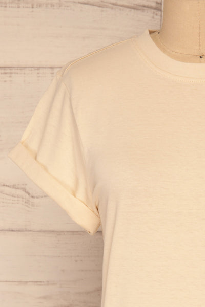 Dauve Beige Rolled Sleeves T-Shirt | La petite garçonne front close-up