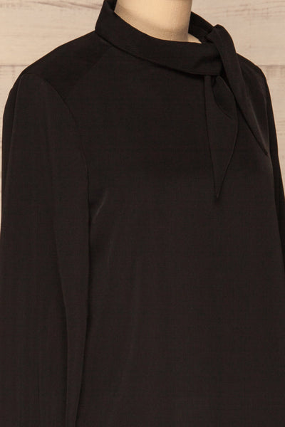 Diekirch Noir Black Blouse w/ Tied Collar | La Petite Garçonne side close-up