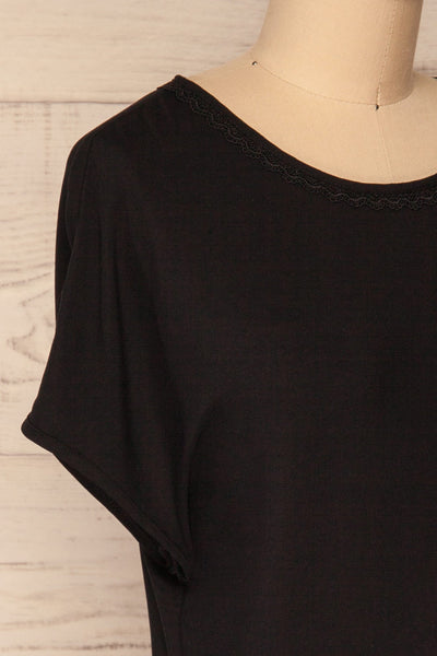 Dingja Black Short Sleeved Loose T-Shirt | La Petite Garçonne 4