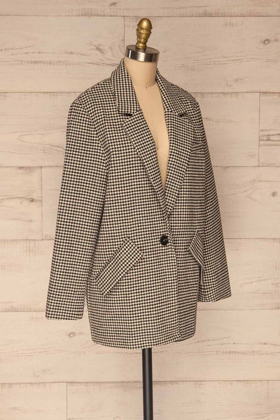 Drawno Black & White Houndstooth Blazer | La petite garçonne  side view