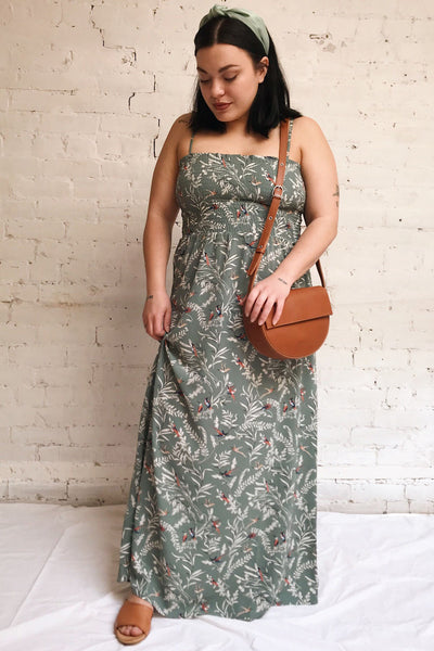 Aguacillas Blue Patterned Maxi Dress | La petite garçonne model look