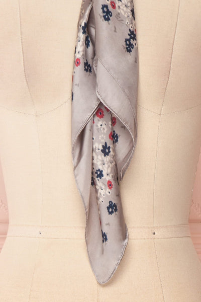 Éclat d'Été Gris Colourful Silky Square Scarf | Boutique 1861 6