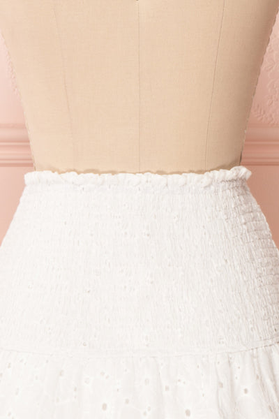 Edithe White Lace Layered Mini Skirt | BACK CLOSE UP | Boutique 1861