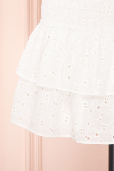 Edithe White Lace Layered Mini Skirt | BOTTOM CLOSE UP | Boutique 1861
