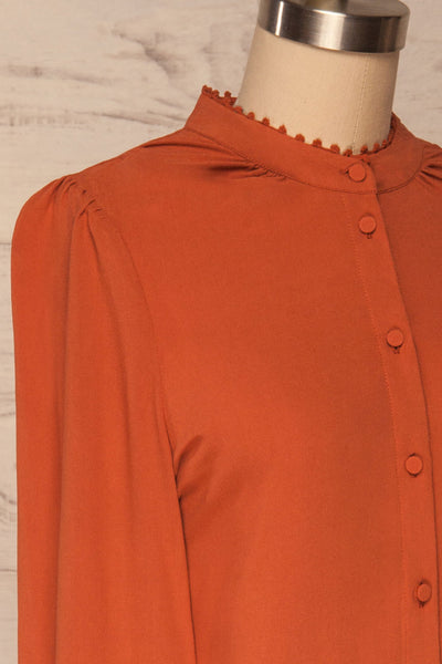 Egaleo Rust Orange Button-Up Blouse | La petite garçonne side close up