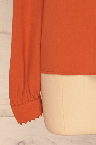 Egaleo Rust Orange Button-Up Blouse | La petite garçonne sleeves