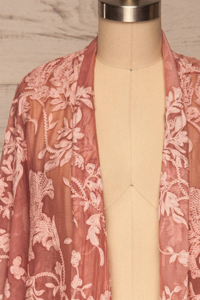 Eggjareir Pink Floral Lace Kimono front close up open | La petite garçonne