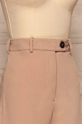 Eistir Taupe Pants | Pantalon Taupe side close up | La Petite Garçonne
