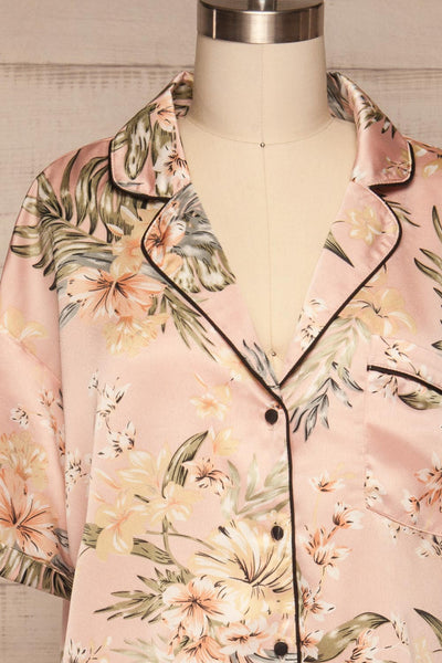Ensemble Ixchel Pink Floral Print PJ Set | La petite garçonne front close up