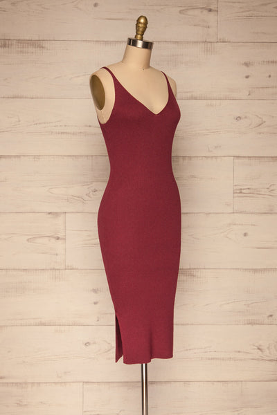 Ericeira Burgundy Ribbed Fitted Midi Dress | La petite garçonne side view