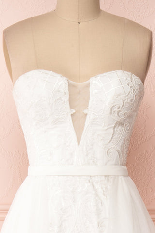 Esperance White Mermaid Gown | Robe Bustier | Boudoir 1861 front close-up veil