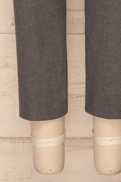 Etain Grey Work Pants | Pantalon | La Petite Garçonne bottom close-up