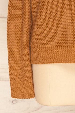 Evora Sand Brown Boxy Knit Sweater w/ Slits | SLEEVE CLOSE UP | La Petite Garçonne
