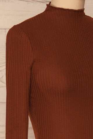 Faaset Clay Brown Ribbed Top with Stand Collar  | side close up | La Petite Garçonne