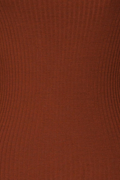 Faaset Clay Brown Ribbed Top with Stand Collar r | texture detail | La Petite Garçonne
