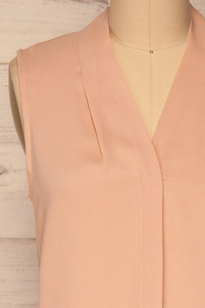 Fadlet Pink Blush Beige Sleeveless Top | La petite garçonne front close-up