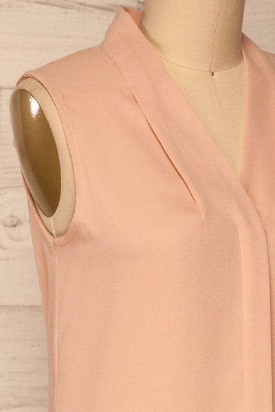 Fadlet Pink Blush Beige Sleeveless Top | La petite garçonne side close-up