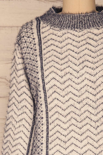 Fagerbukta White Patterned Soft Knit | La petite garçonne front close-up