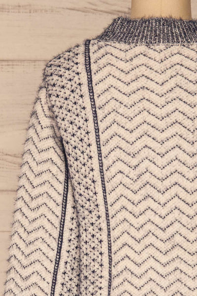 Fagerbukta White Patterned Soft Knit | La petite garçonne back close-up