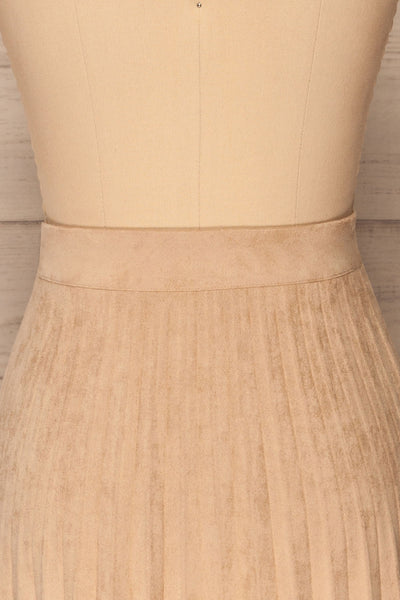 Fagerhaug Beige Pleated Midi Skirt | La petite garçonne  back close up