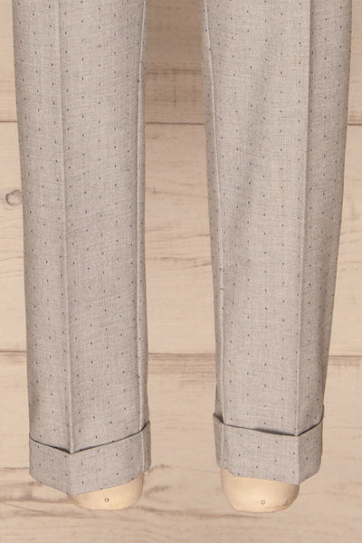 Faksvaag Light Grey Tailored Dress Pants legs | La petite garçonne
