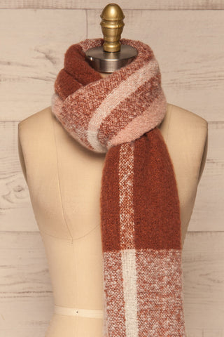 Falkenberg Marron Brown & Blush Fuzzy Scarf knot close up | La Petite Garçonne