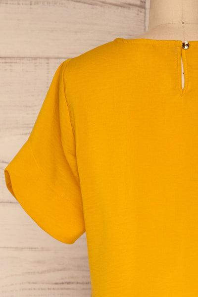 Fallet Yellow Boxy Short Sleeved Top | La Petite Garçonne back close-up