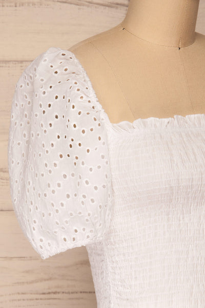 Faraas White Short Sleeve Ruched Top | La petite garçonne  side close-up