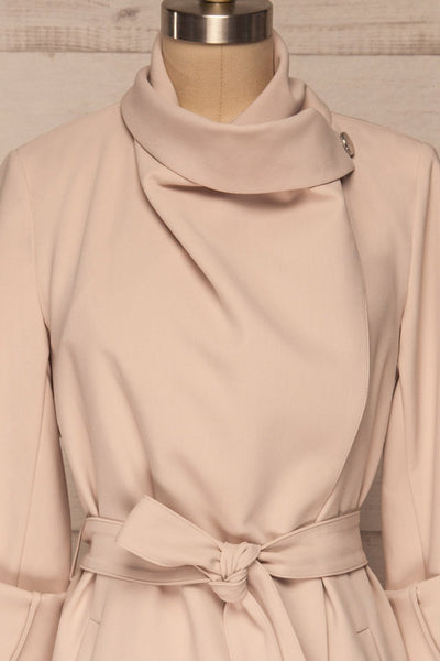 Faylinn Beige Cascade Draped Collar Coat front close up neck | La petite garçonne