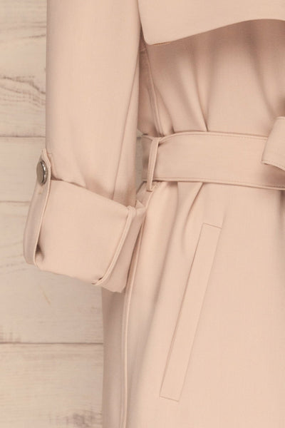 Faylinn Beige Cascade Draped Collar Coat sleeves | La petite garçonne