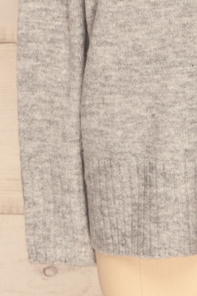 Gistel Grey Soft Knit Sweater | La Petite Garçonne bottom close-up