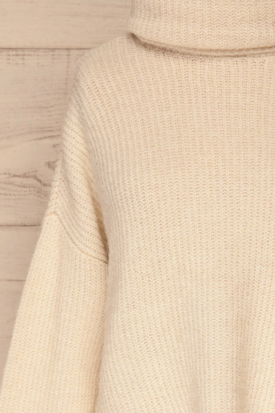 Givri Cream Knit Turtleneck Sweater | La petite garçonne front close-up