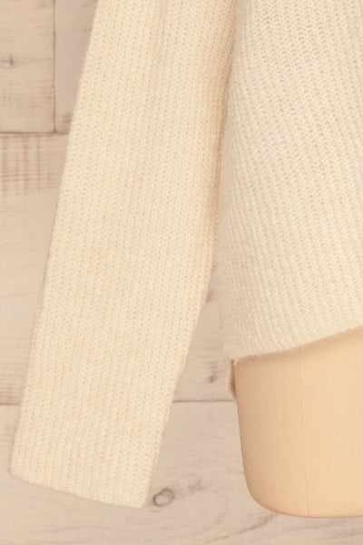 Givri Cream Knit Turtleneck Sweater | La petite garçonne bottom