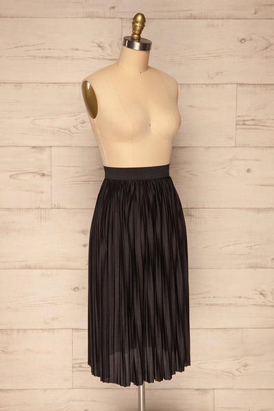 Gouves Black Pleated Midi Skirt | La petite garçonne side view
