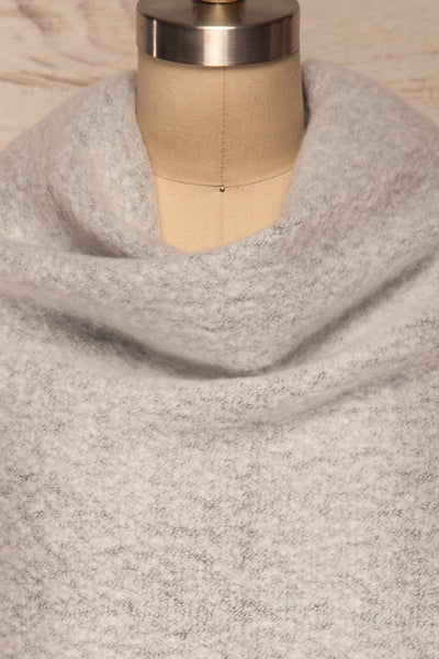 Gozdnica Grey Fuzzy Knitted Scarf shawl close up | La Petite Garçonne