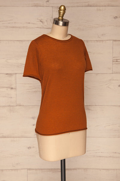 Granna Rust Brown Short Sleeved Knit side view | La petite garçonne