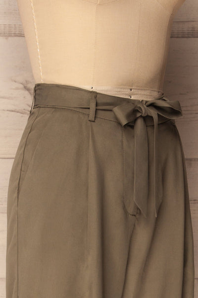 Hamelin Khaki High Waisted Loose Cropped Pants | La Petite Garçonne