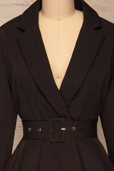 Heleentje Black Blazer Dress | Robe Blazer | La Petite Garçonne front close-up