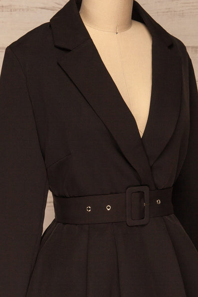 Heleentje Black Blazer Dress | Robe Blazer | La Petite Garçonne side close-up