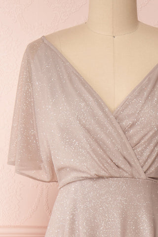 Helma Taupe Maxi Dress | Robe Maxi Taupe | Boutique 1861 front close-up