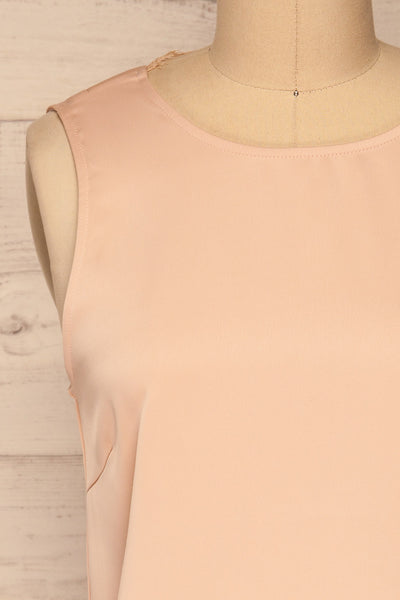 Herstal Blush Pink Blouse w/ Back V-Neck | La petite garçonne front close-up