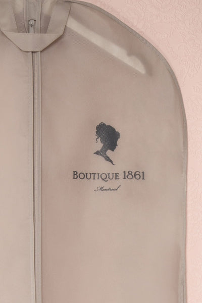 Housse Grise 1861 - Grey garment bag with cameo 2