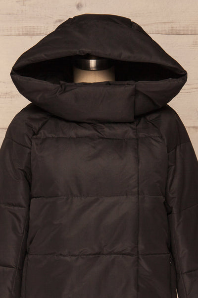 Huddersfield Black Short Quilted Coat with Hood | La Petite Garçonne front close-up hood