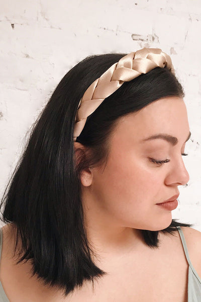 Jadea Gold Satin Braided Headband | La petite garçonne on model