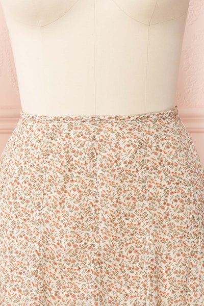Jaimie Floral Short Skirt w/ Frills | Boutique 1861 front close up
