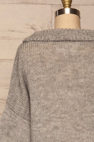 Jankowo Grey Knit Sweater | Tricot Fleuri | La Petite Garçonne back close-up