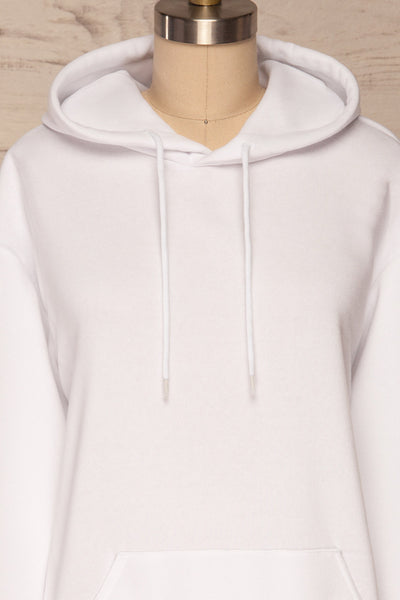 Juxue Snow White Hoodie | La petite garçonne front close up